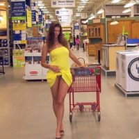 Sexy woman flashing her pussy in Lowes