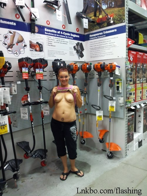 Woman flashing her tits in Home Depot
