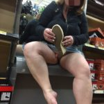 Stacy42G trying on shoes and flashing pussy