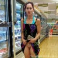 white trash woman showing her pussy in Walmart