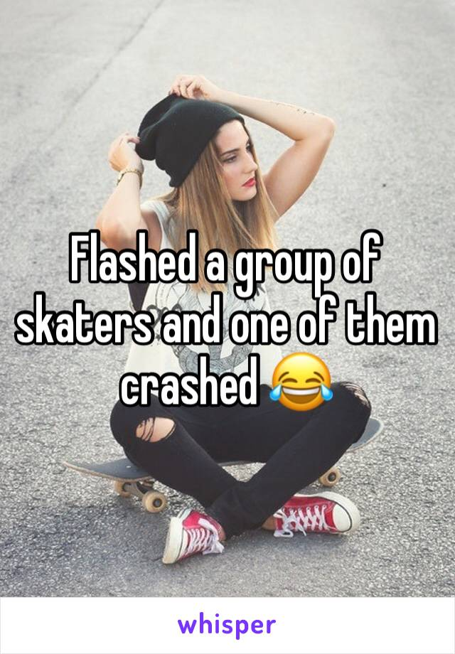 She flashes her boobs at skaters